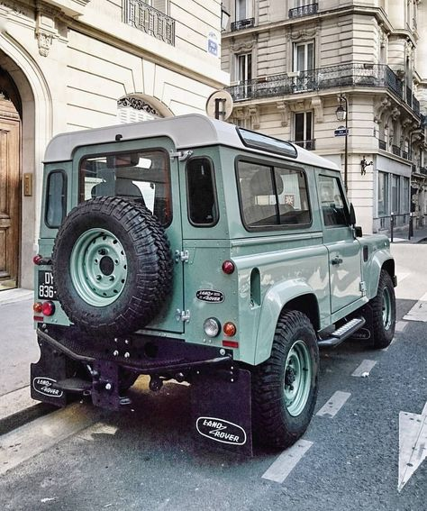 Cars jeep landrover defender best ideas Best Picture For Jeeps carros For Your Taste You are looking for something, and it is going to tell Auto Jeep, Jeep Cars, Landrover Defender, Defender 90, Land Rover Defender 110, Monster Energy, Jeep Gladiator, Triumph Motorcycles, My Dream Car