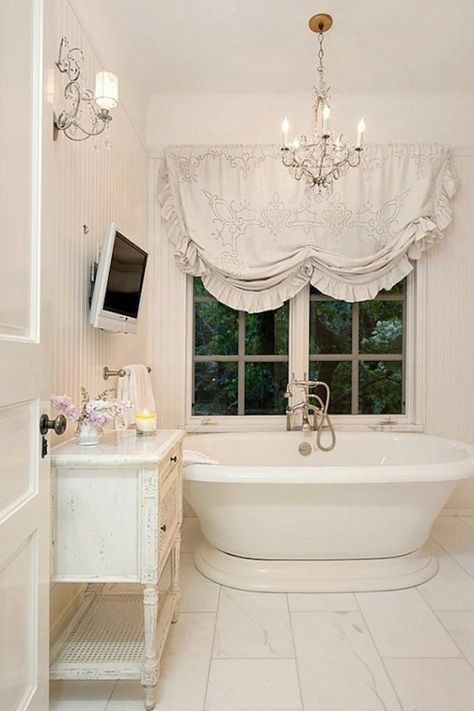 Beautiful Shabby Chic Style Bathroom Decor Ideas You Can Do Yourself For Your Apartment Shabby Chic Bathroom Designs No 1121 Shabby Chic Bathrooms Shabby Chic Decor Shabby Chic Interiors