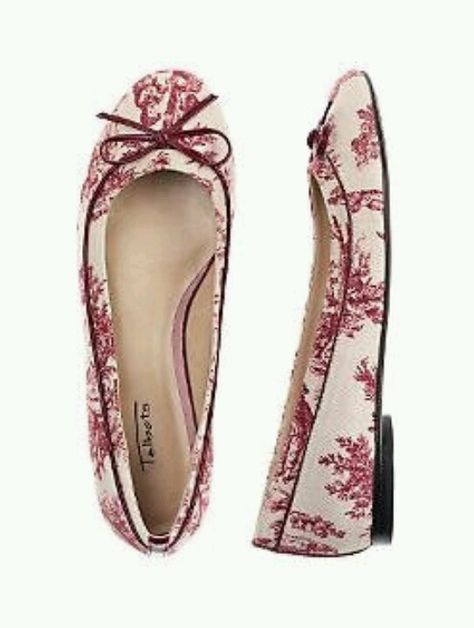 Toile de Jouy flats.  I would love these in black and ivory toile.