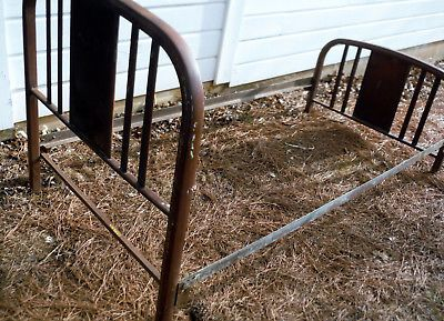 Antique Metal Twin Size Vintage Bed W Rails 034 Restoration Ready 034 Metal Bed Frame Metal Beds Iron Metal Bed