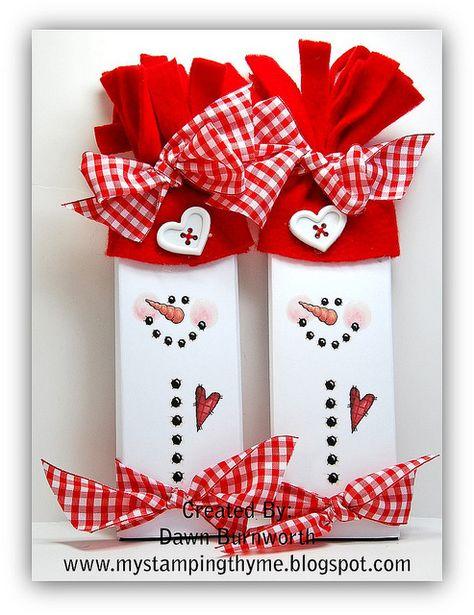 Christmas DIY: Free Snowman Candy W Free Snowman Candy Wrapper Templates Christmas Wood, Christmas Snowman, Christmas Projects, All Things Christmas, Christmas Holidays, Christmas Decorations, Christmas Ornaments, Christmas Candy Bar, Primitive Christmas