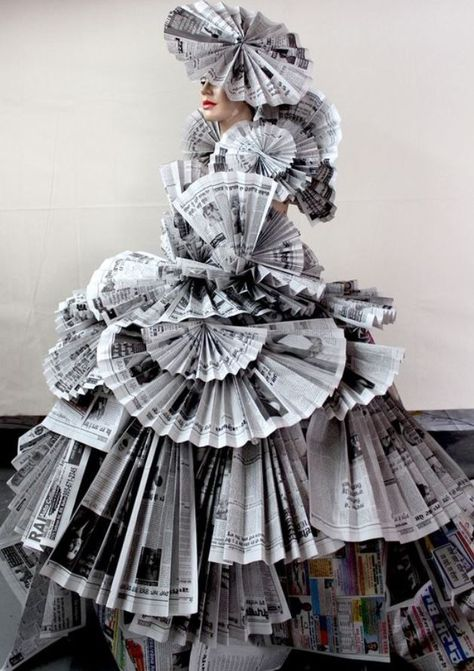 30 Paper Dress Fashion You've Never Seen Before - Feminine Buzz Source by dresses fashion