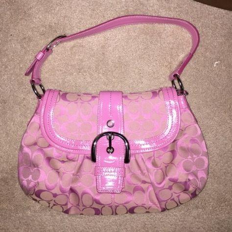 Spotted while shopping on Poshmark: 🌸Coach purse🌸! Pink Coach Purses, Purses And Bags, Mini Purse, Mini Bag, Fashion Bags, Fashion Accessories, Runway Fashion, Fashion Trends, Handbag Stores