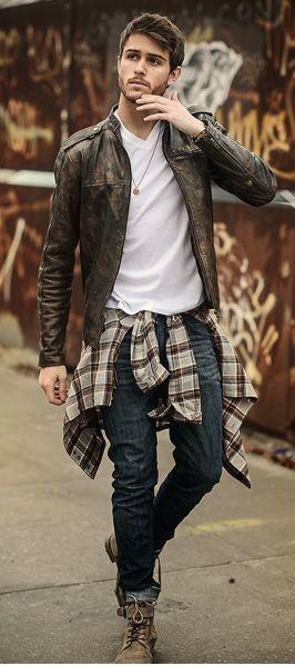 Hot: Hombres con camisa cuadrillé y botines con caña, disponibles en la tienda Vans de Mall Sport #Vans #gentlemanscloset
