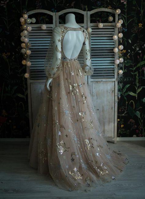 Ball Dresses, Evening Dresses, Prom Dresses, Formal Dresses, Wedding Dresses, Mini Dresses, Pretty Outfits, Pretty Dresses, Fantasy Gowns
