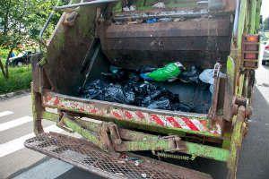 Garbage Truck Crash Ends In Fatality Garbage Truck Trucks