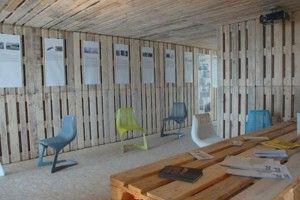 Oficina Construida Con Palets De Madera Casa De Palés Sala De Palet Estructuras Metalicas Para Casas