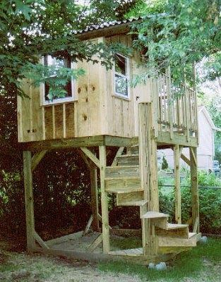 This Is An Elevated Playhouse They Wanted A Treehouse But Did Not