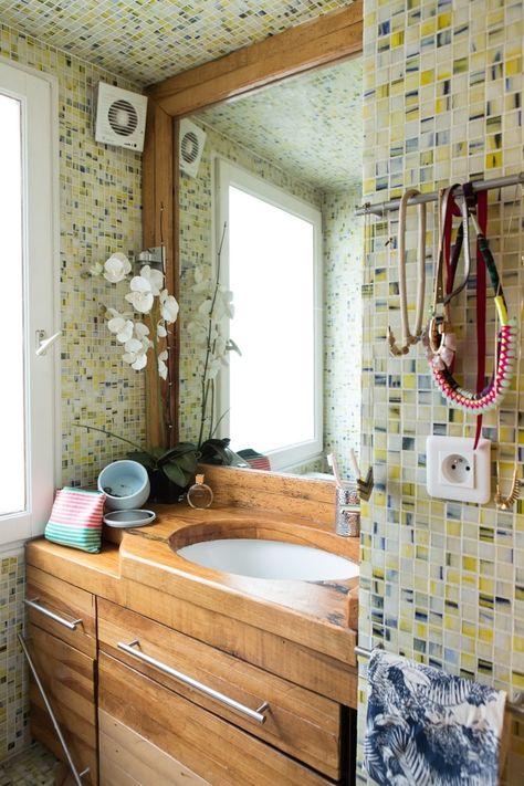 Salle de bains : la mosaïque crée l'ambiance - Journal des Femmes