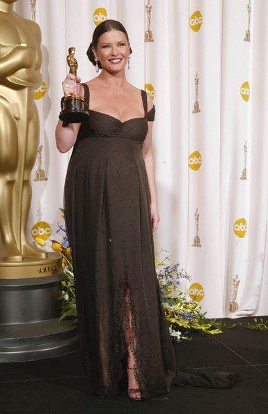 Catherine Zeta Jones - The Best Red Carpet Maternity Style - Photos