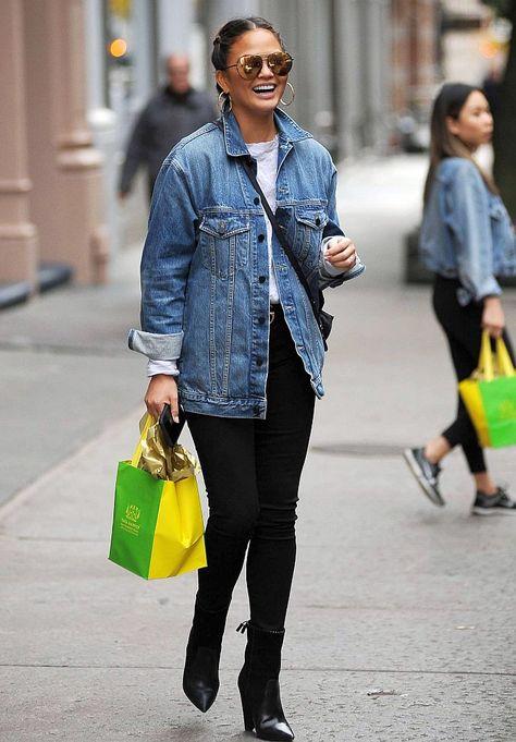 Chrissy Teigen in Skinny Black Jeans - Denimology