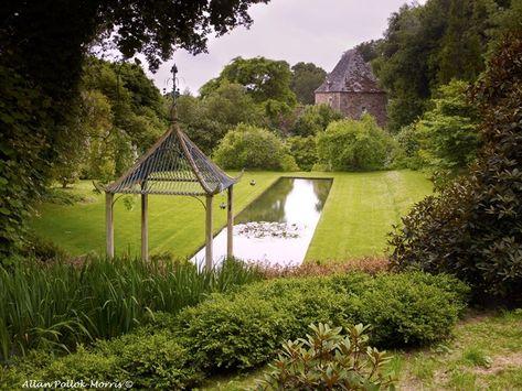 Le Canal Les Jardins De Kerdalo Jardin Europeen Abri De Jardin