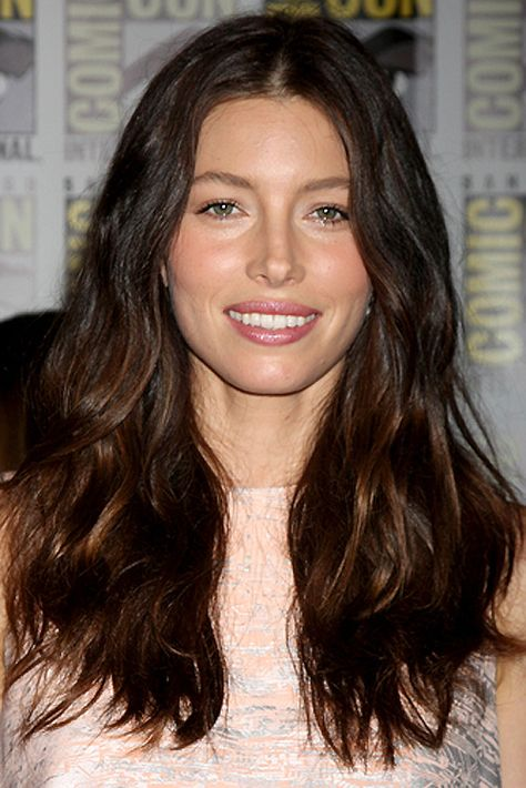This look is a beautiful DIY ombré that has all the wow of lighter ends without distracting from the face.  ombre hair_diy ombre colour treated hair_Jessica Biel