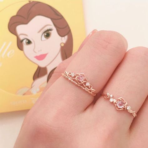 Disney Princess Jewelry, Disney Inspired Jewelry, Disney Jewelry, Colar Disney, Cute Jewelry, Jewelry Accessories, Fashion Accessories, Disney Rings, Skull Fashion