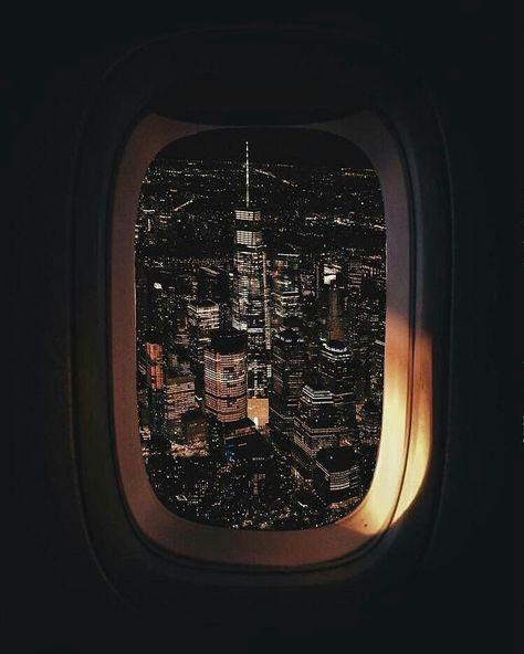 نيويورك عبر نافذة الطائرة ما بين الليل والنهار Fotografia De Cidades Luzes Da Cidade Fotografia Da Cidade