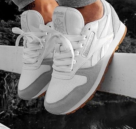 112 Best shoes images   Shoes, Sneakers, Me too shoes