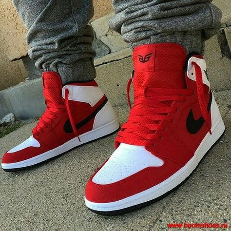 Sneakers have been a part of the world of fashion for longer than you may realise. Modern day fashion sneakers carry little similarity to their earlier predecessors however their popularity remains undiminished. Hype Shoes, Men's Shoes, Shoe Boots, Shoes Sneakers, Black Sneakers, Men Boots, Dress Boots, Nike Basketball Shoes, Jordan Retro