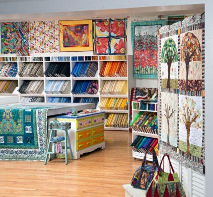 Quilters' Haven in Olathe, Kansas, boosts creativity by offering ... : quilt shops - Adamdwight.com