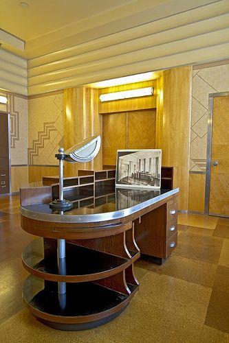 The secretary's desk.  Executive offices inside Union Terminal. Art Deco design. (hva)