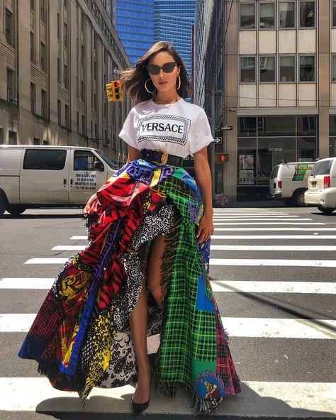 Quem: Olívia Culpo Veste: Versace Onde: em New York Fashion Fashionable Ideas Party Clothes Makeup Jewelry Trends Trend Trending