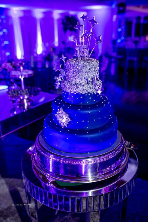 Decoração Festa 15 anos - Galáxia #fiestade15años Decoração Festa 15 anos Galáxia - tons de Azul e Rosa.