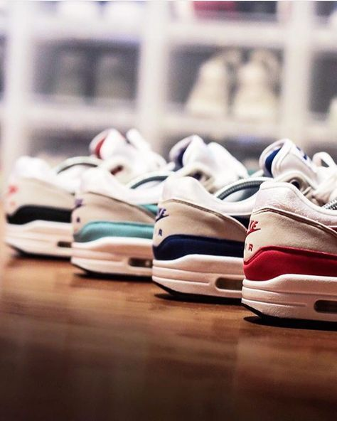 Pin op Nike Air Max 1