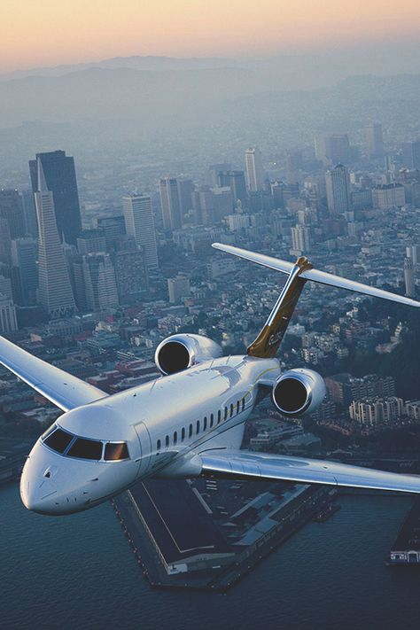 50 Beautiful Examples of Aviation Photography Leaving on a jet plane Jets Privés De Luxe, Luxury Jets, Avion Jet, Jet Privé, Private Plane, Private Jets, Long Flights, Jet Plane, Air Travel