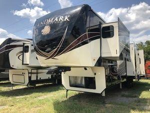 2019 Heartland Landmark 365 Lm Charleston Navasota Texas Landmark Used Rvs Outdoor Gear