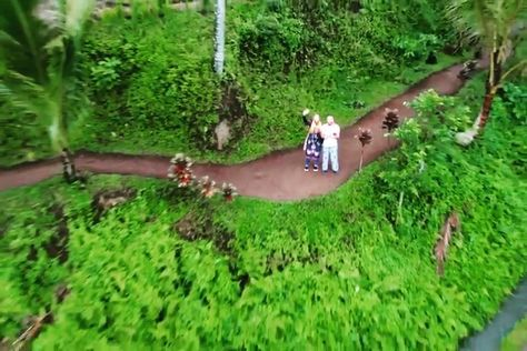 "Yasin Badır on Instagram: ""TUR/ENG Bali günleri...✈️📷📸🇮🇩🇮🇩🇮🇩 . Bali days...✈️📷📸🇮🇩🇮🇩🇮🇩 . . . . . #bali #indonesia #likeforlike #ubud #cloudy #travelling #honeymoon…"""