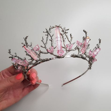 Crown Aesthetic, Princess Aesthetic, Quartz Crystal, Rose Quartz, Magical Jewelry, Crystal Crown, Headpiece Wedding, Fantasy Jewelry, Tiaras And Crowns