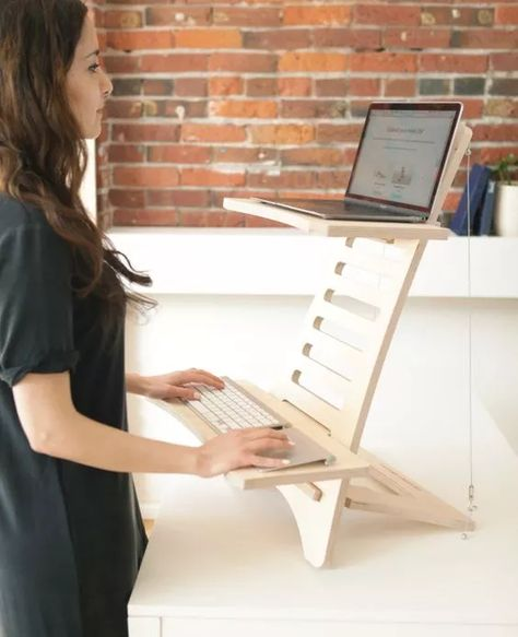 Diy Standing Desk, Diy Furniture, Furniture Design, Furniture Vintage, Design Desk, Wood Design, Garden Furniture, Office Furniture, Stand Up Desk