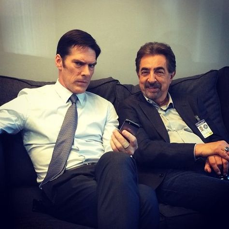 Posted by Larry Teng; Serial killers beware of these two!