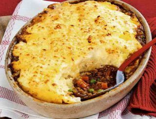 Shepherd S Pie Recipe With Cauliflower Topping Recipes Cauliflower Cheese Cottage Pie