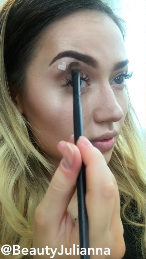 How to create negative space eye makeup with this beauty trick