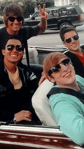 ceciihstyles:Big time rush lockscreens with psd Kendall Schmidt, R5 Band, Boy Bands, Big Time Rush Band, Rocky Lynch, Disney Boys, Secret Crush, Dancing With The Stars, American Idol