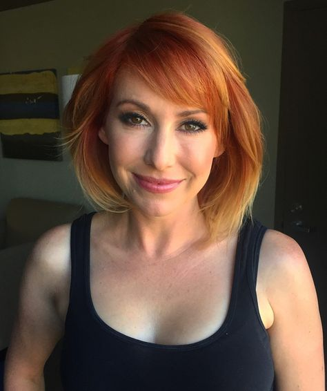 Best 80 Kari Byron Pics // Sexy Photos // MythBusters // Discovery Channel / Hot RedHead White Rabbit Project | Sexy Elizabeth Kari Byron Discovery Channel MythBusters White Rabbit Project Hot Celebrity RedHead