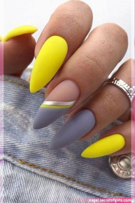 Popular Fall Nail Colors for 2020 - Beauty Nails #fallnail #nailart #nailcolors #nailideas #nails #beauty #summernail #winterna… in 2020 | Cute acryli    Popular Fall Nail Colors for 2020 - Beauty Nails #fallnail #nailart #nailcolors #nailideas #nails #beauty #summernail #winterna… in 2020 | Cute..