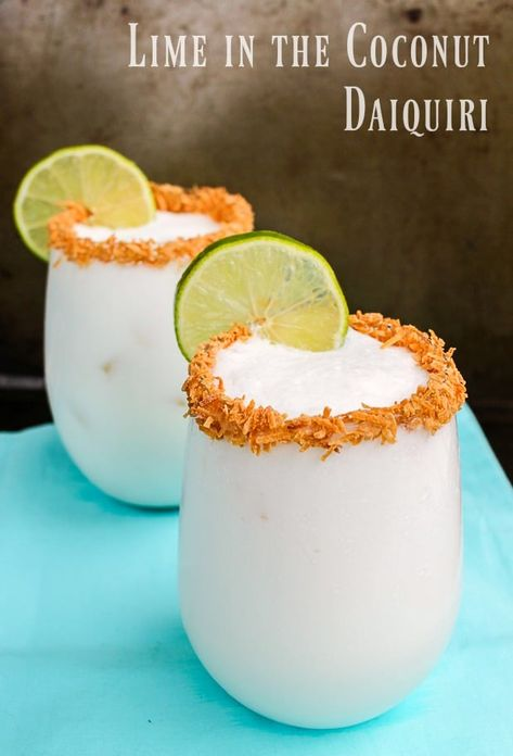If you've never tried coconut cocktails, you are missing out one of life's simple pleasures. These are a delicious combination of tropical flavors and rum. These coconut cocktails are like summer in a glass! Rum Recipes, Alcohol Drink Recipes, Cooking Recipes, Coconut Drinks Alcohol, Cocktail Recipes Coconut Rum, Coconut Milk Cocktail, Coconut Lime Recipes, Summer Drink Recipes, Best Cocktail Recipes