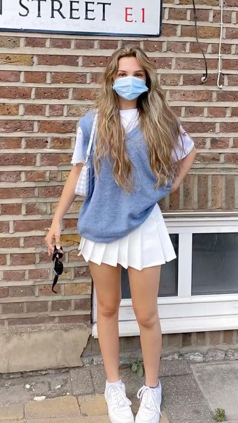 college skirt outfit