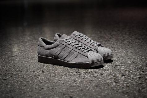 30969e3310ef00  adidas  adidasconsortium  haven  superstar  adidassuperstar   adidasshelltoe  shelltoe  suede  grey  gray