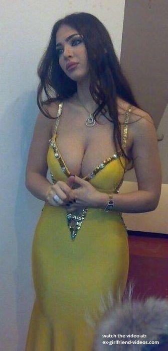 Big tits women Beautiful middle eastern