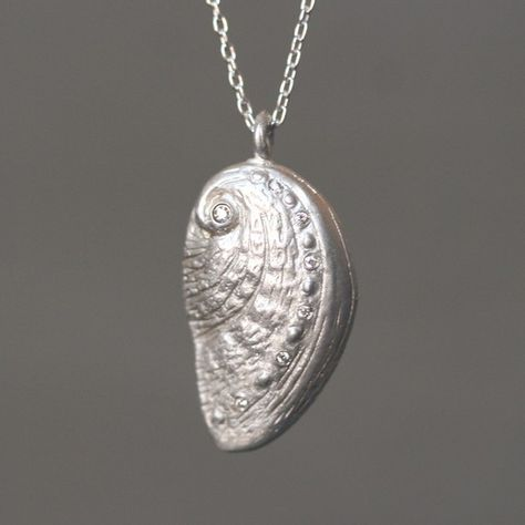 """18/"""" Sterling Silver MOP Sea Shell Magnolia Flower Pendant Necklace Gift Box"""