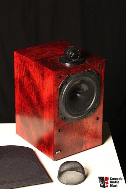 b&w dm17 speakers review