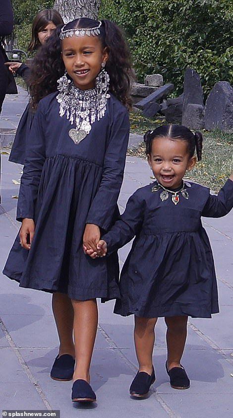 Kim Kardashian Gathers Children Together For Family Photo Shoot Kim Kardashian Kanye West Girl Outfits Kim Kardashian