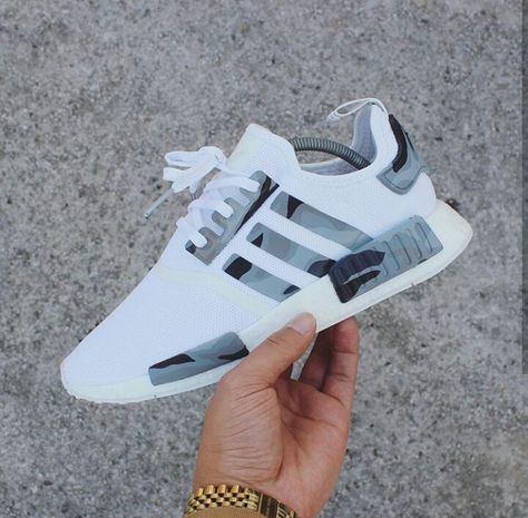 Pin by Misty Chaunti' on JumpersKicks | Adidas sneakers