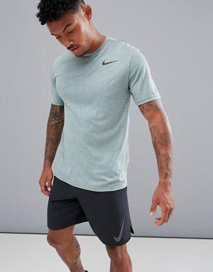 Agnes Grey perditi Proverbio  Nike Training Breathe Hyper Dry T-Shirt In Green 832835-365 | Mens workout  clothes, Training outfit men, Nike clothes mens