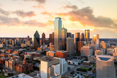 Dallas (Texas) - Baby Names Inspired by Amazing Places Around the World - Photos