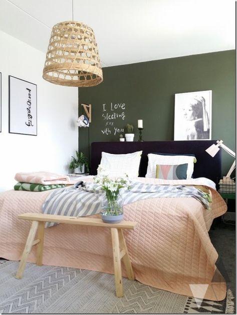 Rinnovare la camera da letto con una parete verde oliva ...