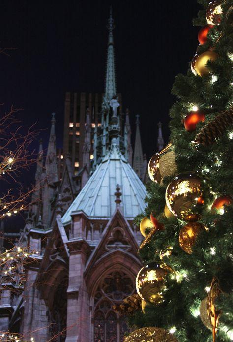 St Patrick's Cathedral at Christmas, NYC