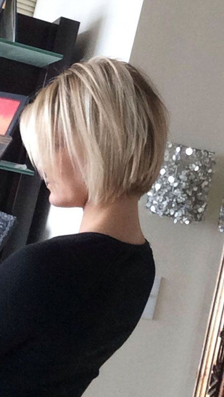 Cute Hairtyle for Short Straight Hair, Layered Blonde Hair Short